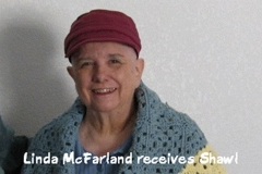 04_Linda_McFarland_receives_shawl